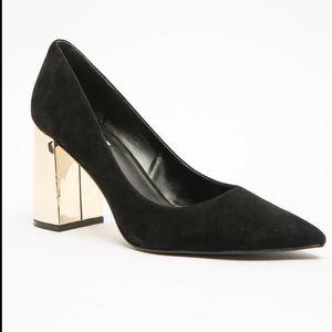 Steve Madden Black & Gold Pointur Heel